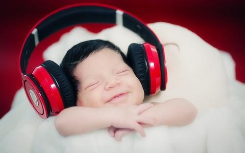 веселая музыка для тренировок слушать онлайн